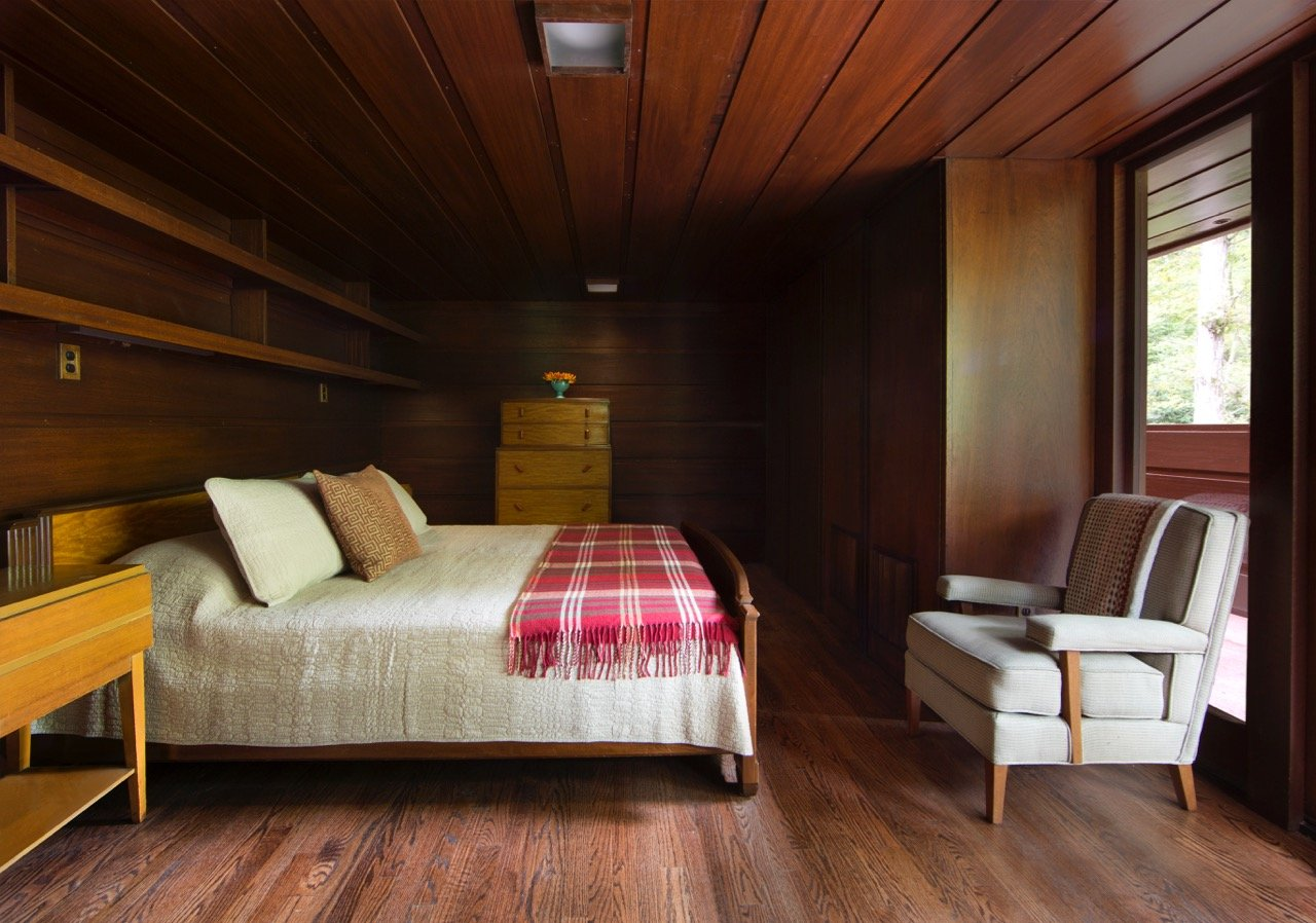 Frank Lloyd Wright - Bachman-Wilson House - bedroom
