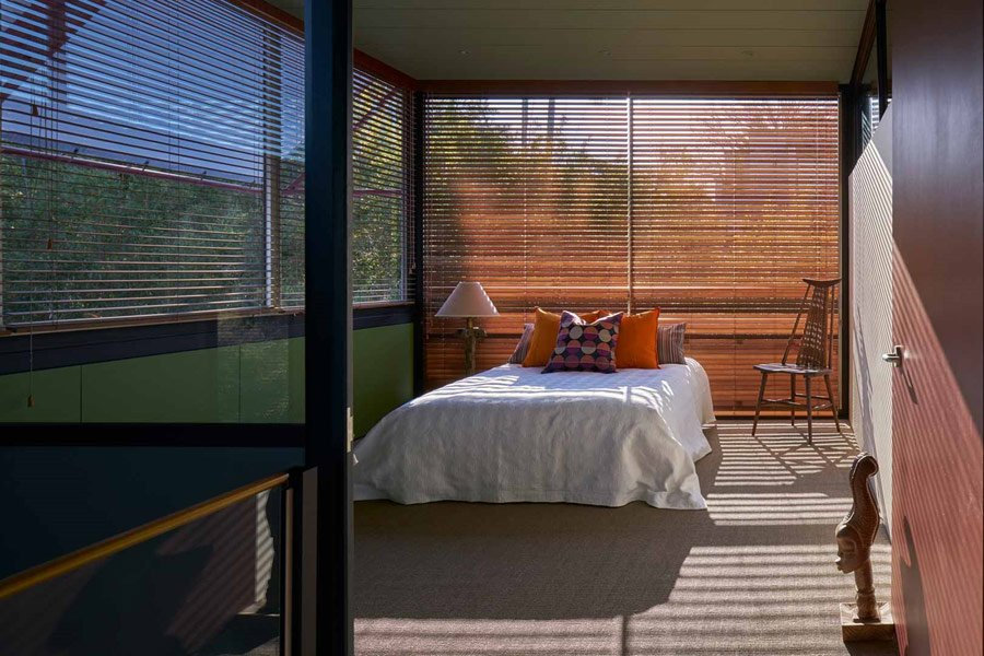 Mid-century House New South Wales - bedroom