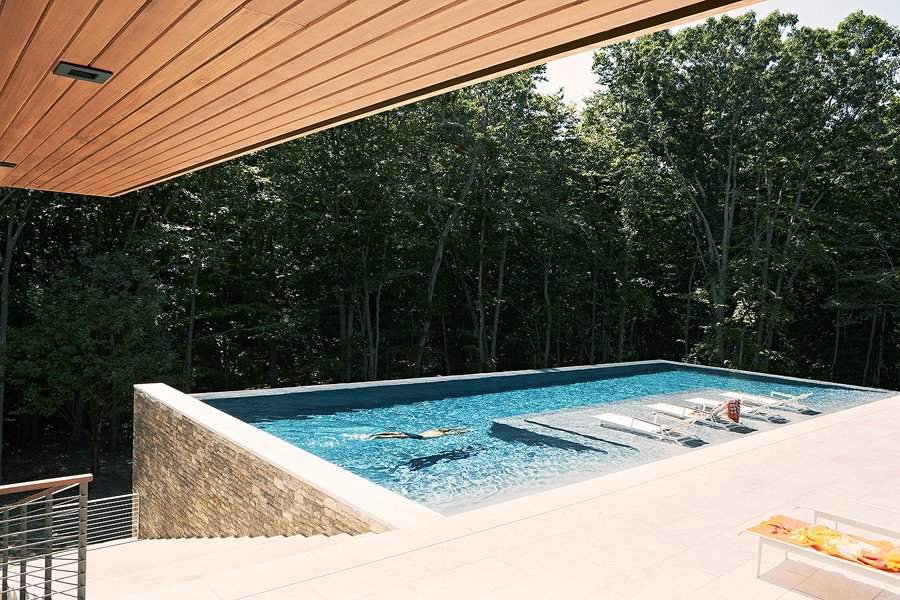 Greentree Residence - modern style home - pool