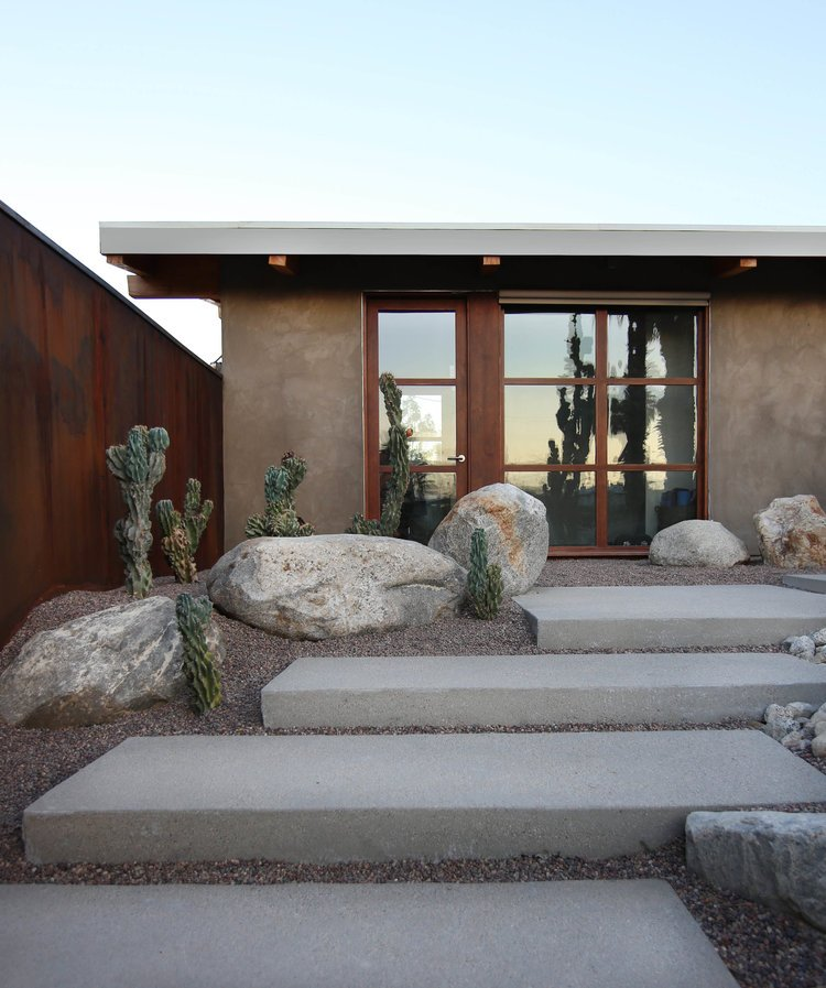 cliff may ranch style mid-century in palm springs - outside entry