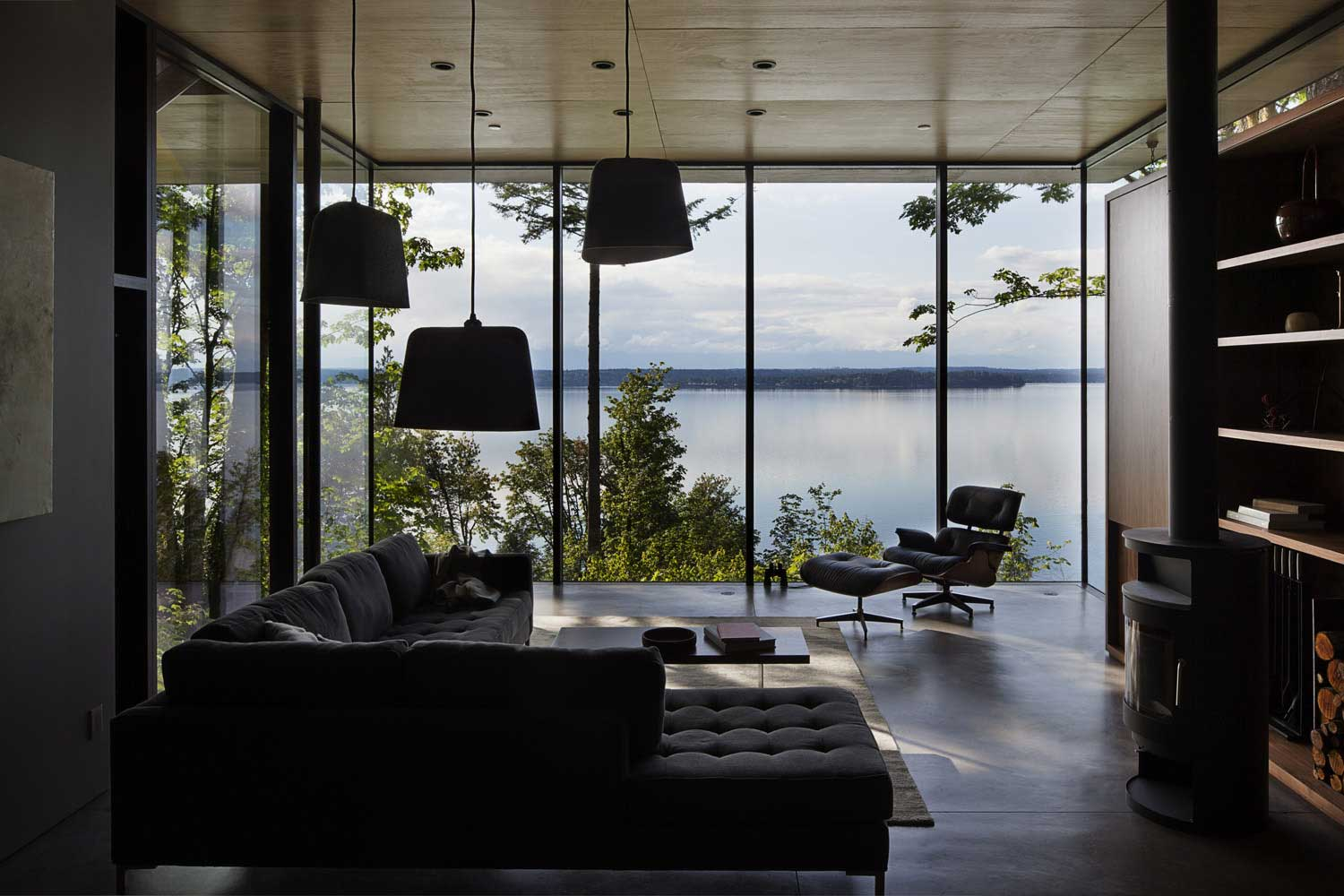 contemporary house - mwworks - Case Inlet Retreat - living