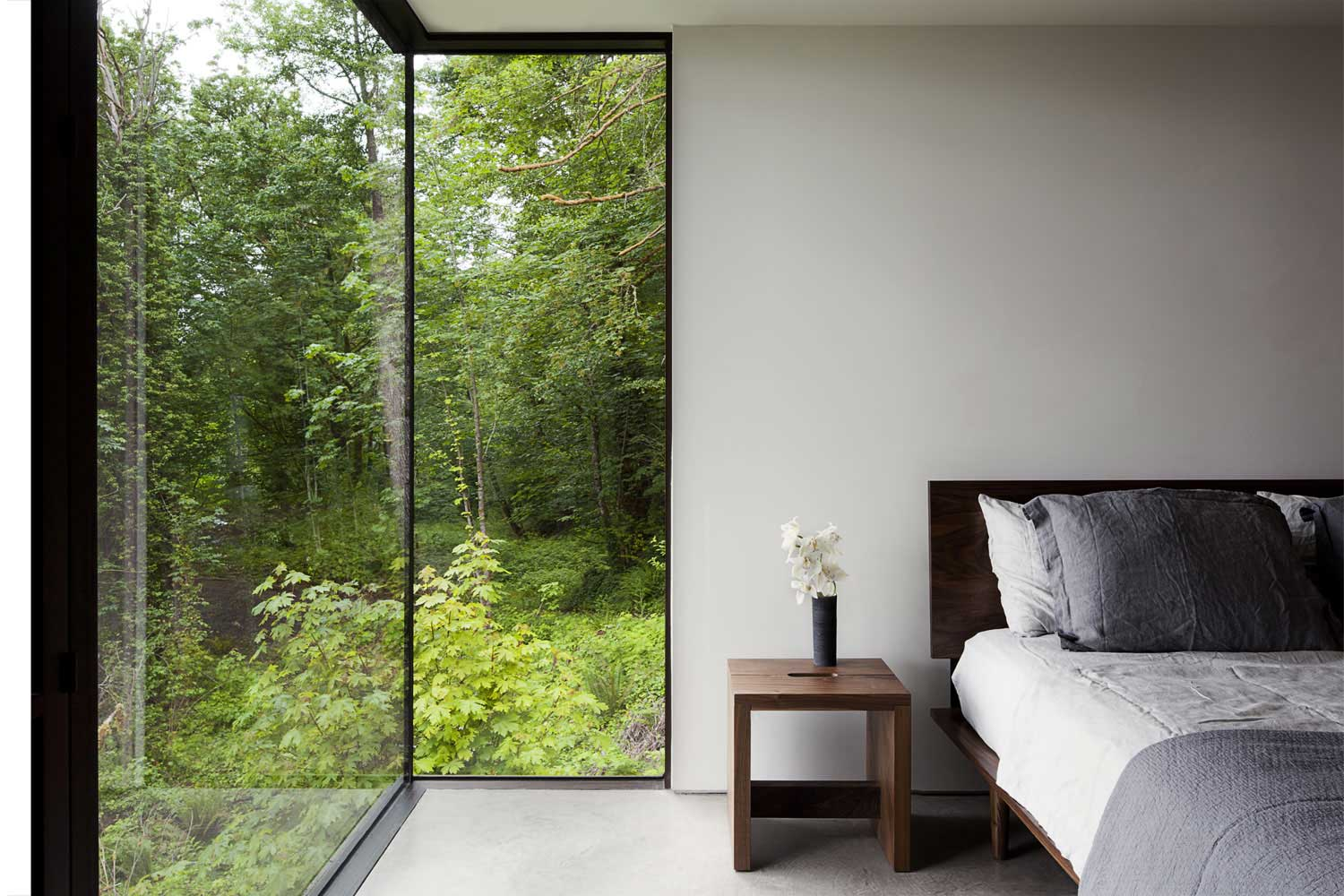 contemporary house - mwworks - Case Inlet Retreat - bedroom