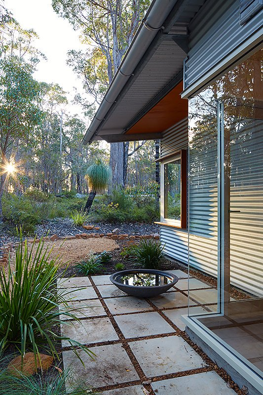 Contemporary Bush House - Australia - Archterra Architects - exterior