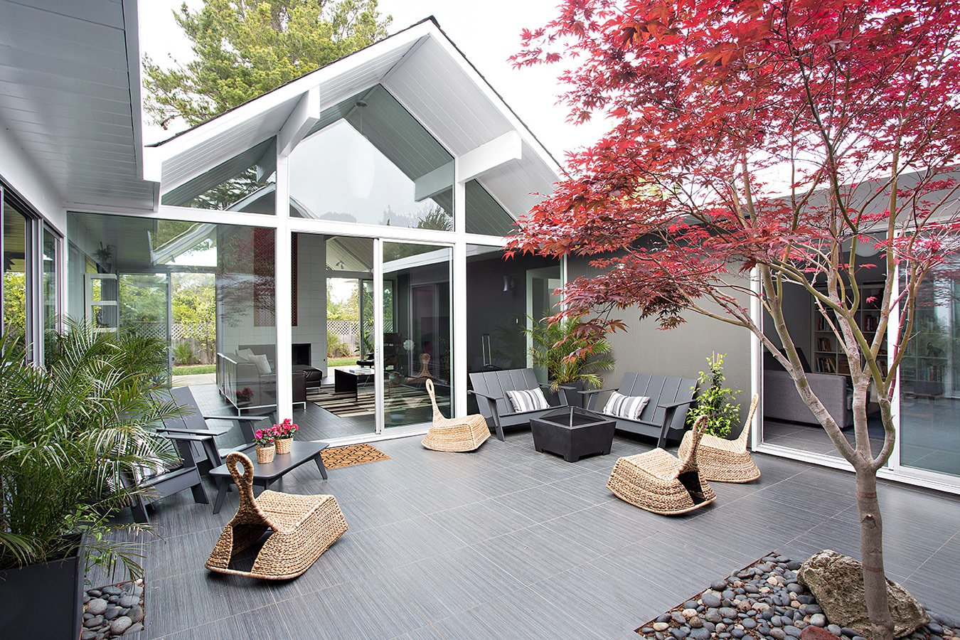 Klopf - Double Gable Eichler Remodel - Burlingame - patio