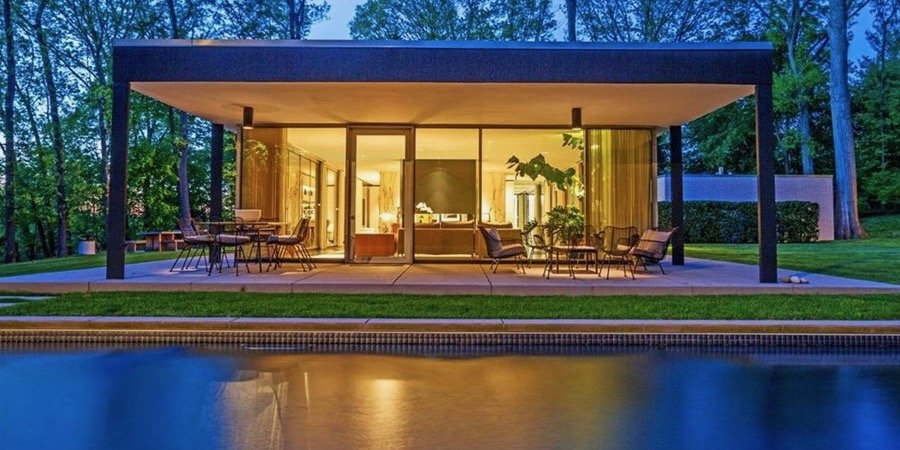 The International Style Is Alive And Well In This Mid Century House