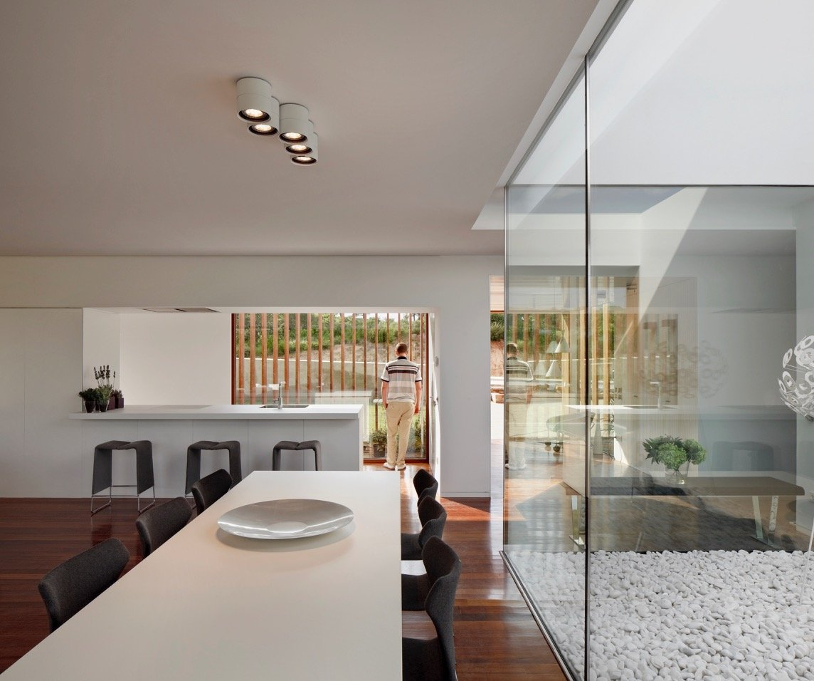Modernist house - Arquitecturia Camps Felip WI02 - dining area