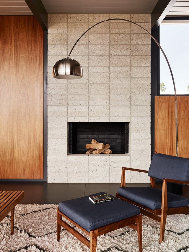 Eichler house renovatiom - Michael Hennessey - living room fireplace