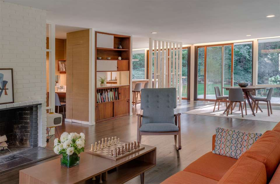 Mid-century house renovation - moser architects - living room