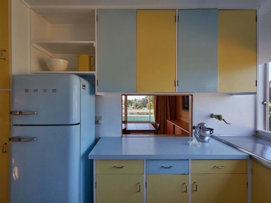 mid-century house in New Zeeland - architect Vladimir Cacala - kitchen