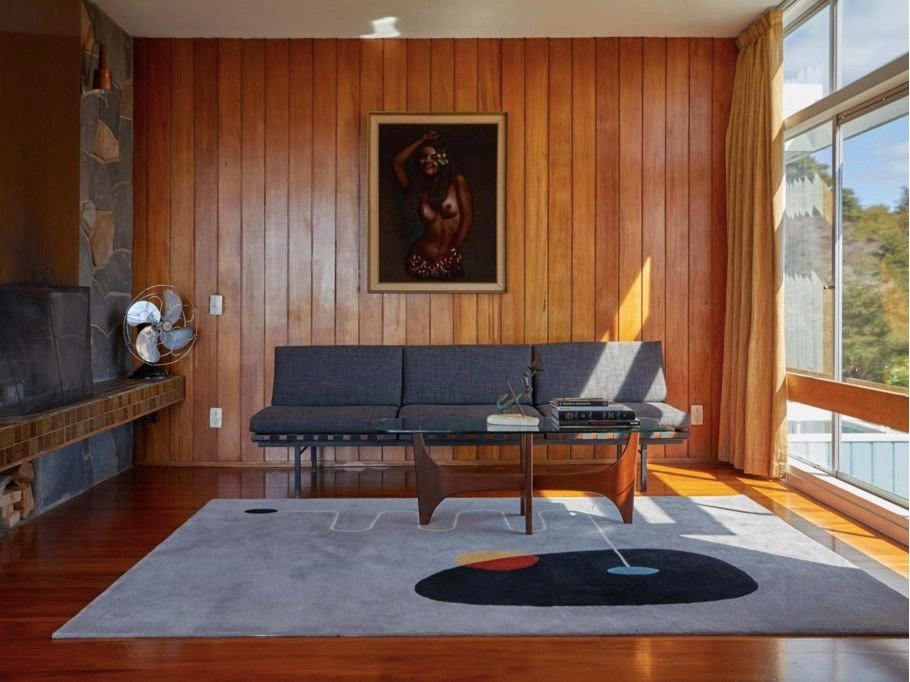 mid-century house in New Zeeland - architect Vladimir Cacala - living room