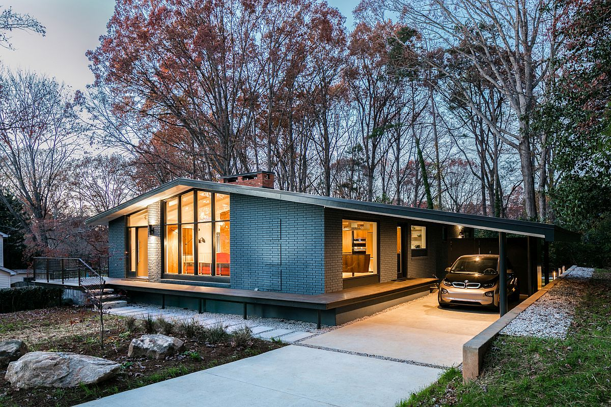 This renovated mid century house features a stunning for Mid century modern prefab homes