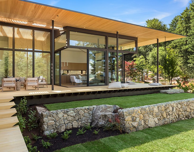 A Contemporary Home Designed in Harmony and Balance with Nature ...