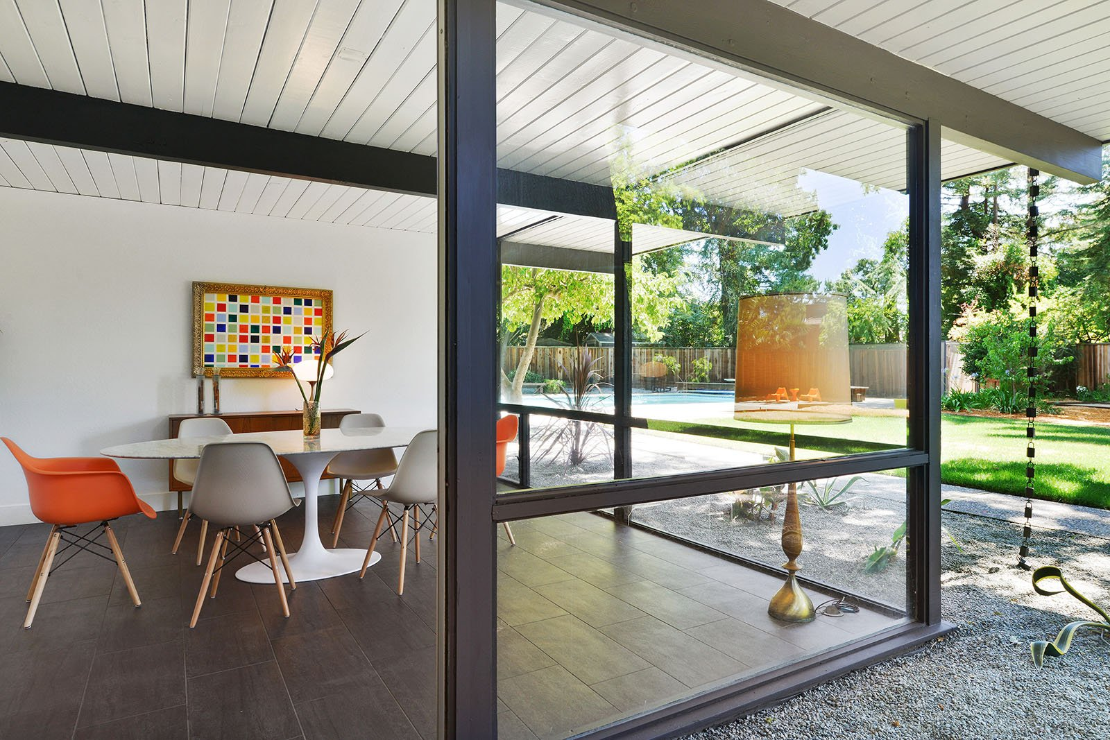 big size Eichler in Walnut Creek - dining area