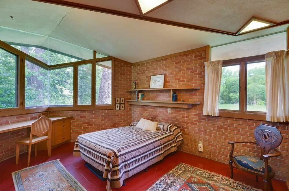 Frank Lloyd Writght - Olfelts Residence - bedroom