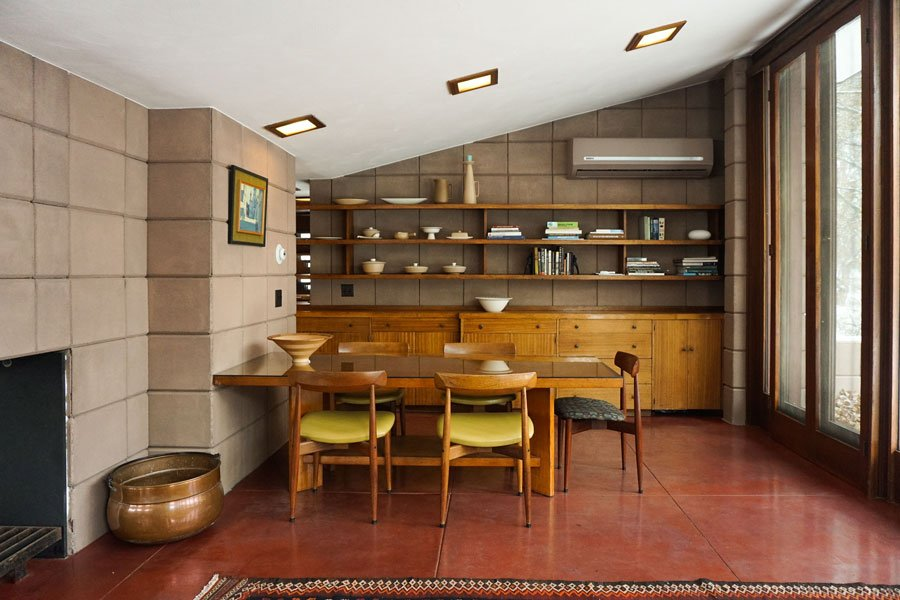 Frank Lloyd Wright - Eppstein House - dining area