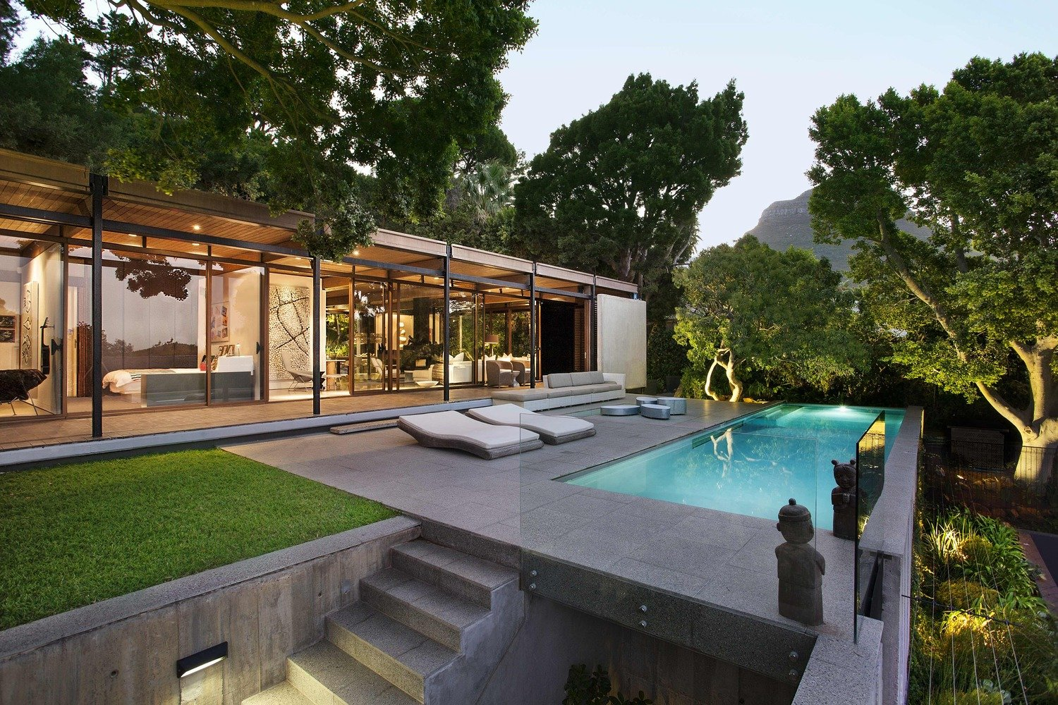 Renovated Mid-Century Home in Cape Town by SAOTA - pool