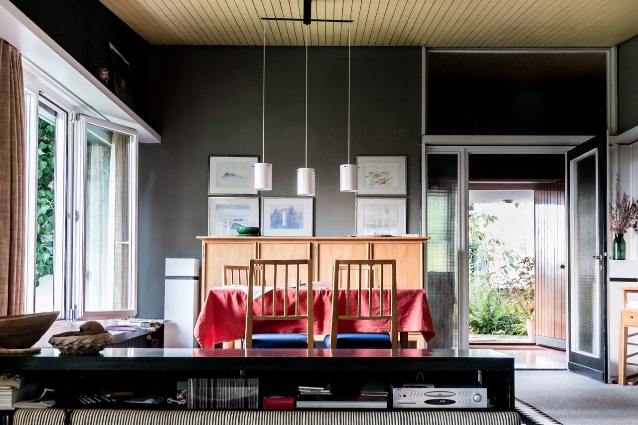 mid-century house by Leo Hafner - Lake Zug, Switzerland - dining area