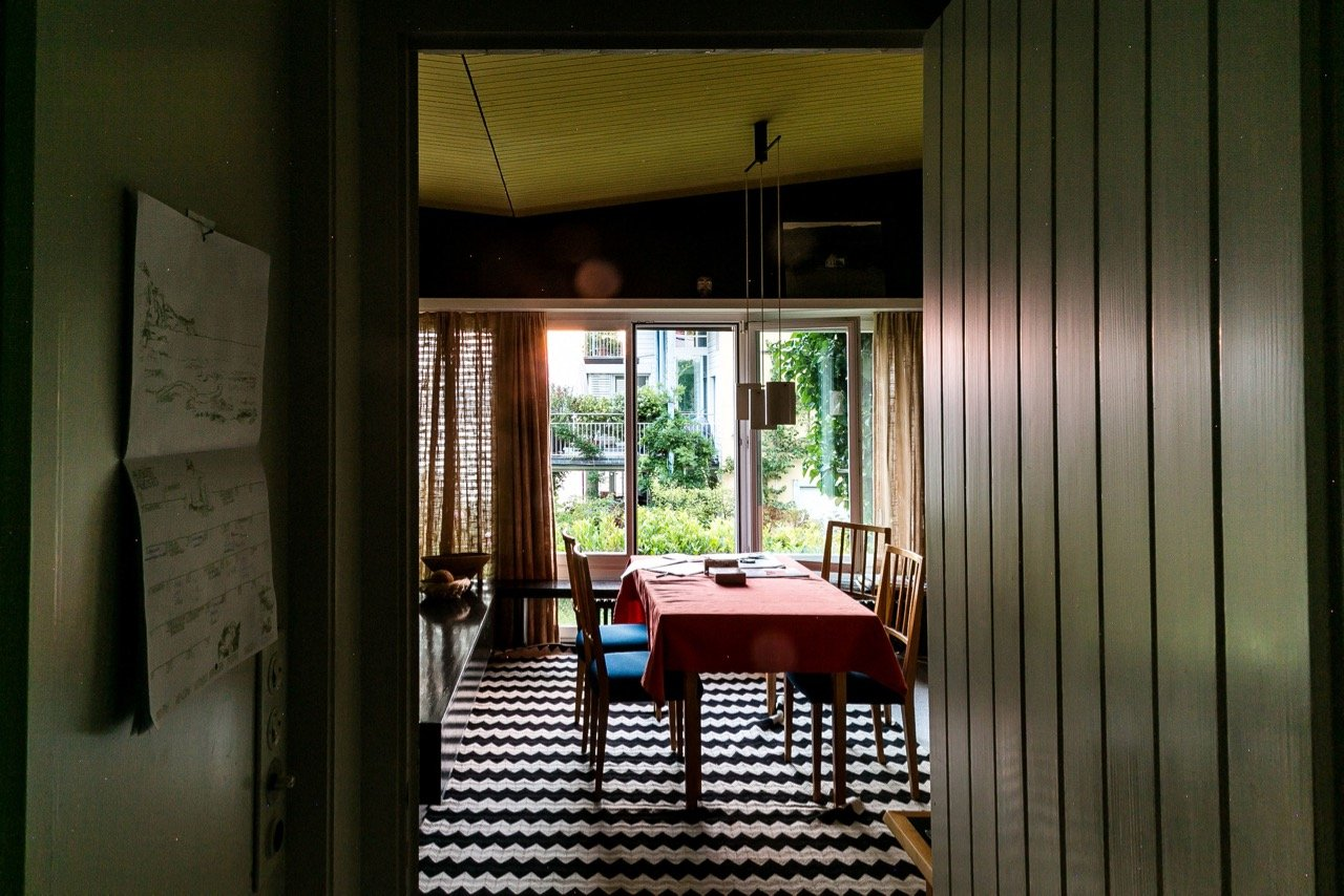 mid-century house by Leo Hafner - Lake Zug, Switzerland - corridor