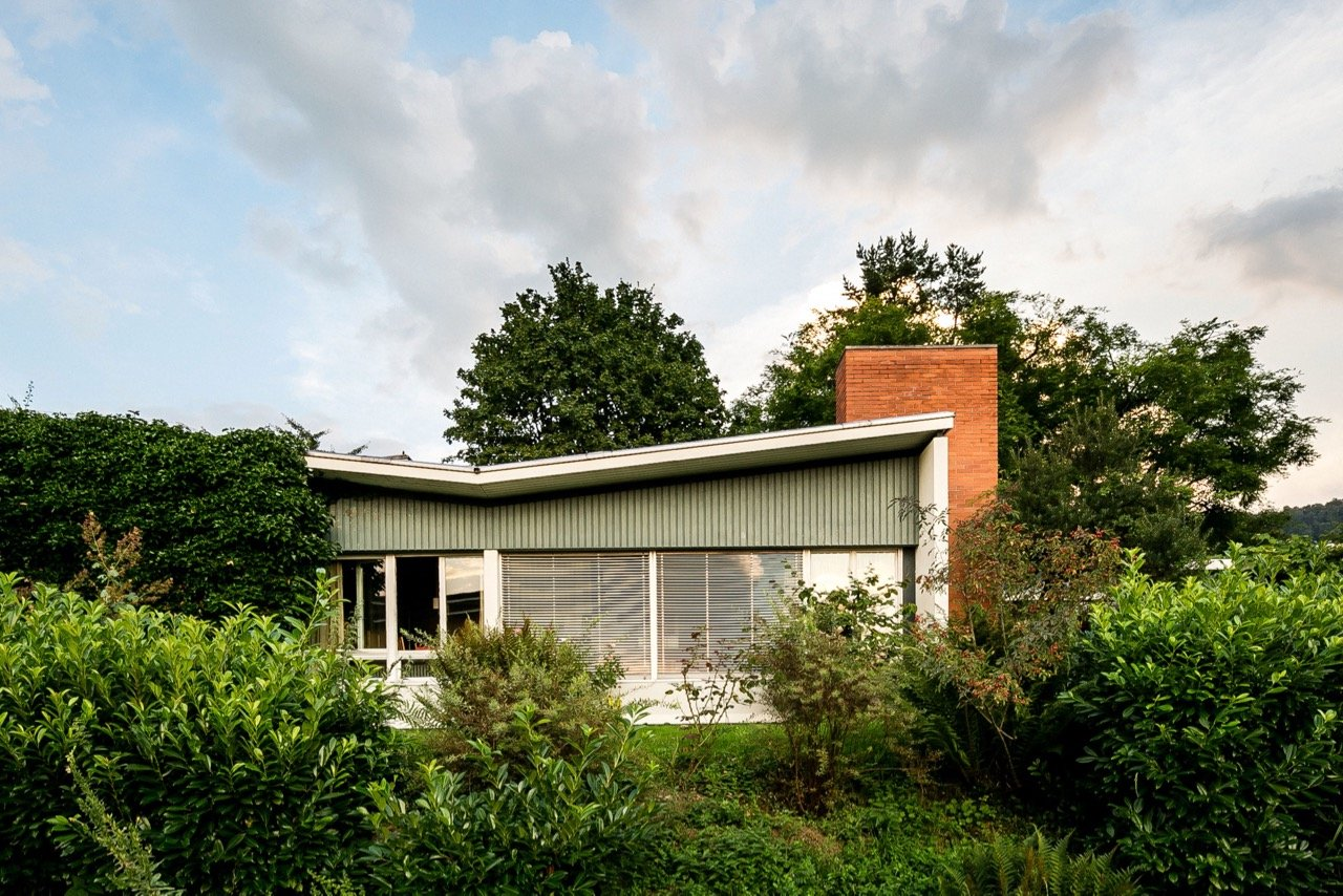 mid-century house by Leo Hafner - Lake Zug, Switzerland - exterior front