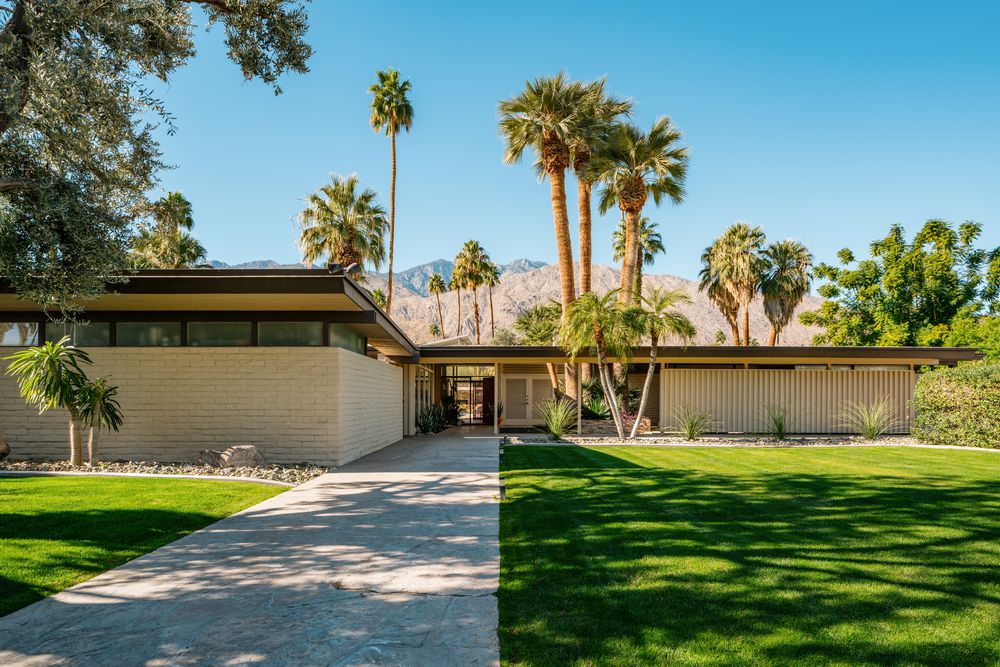 Palms Springs mid-century - Koerner House - E Stewart Williams - exterior front