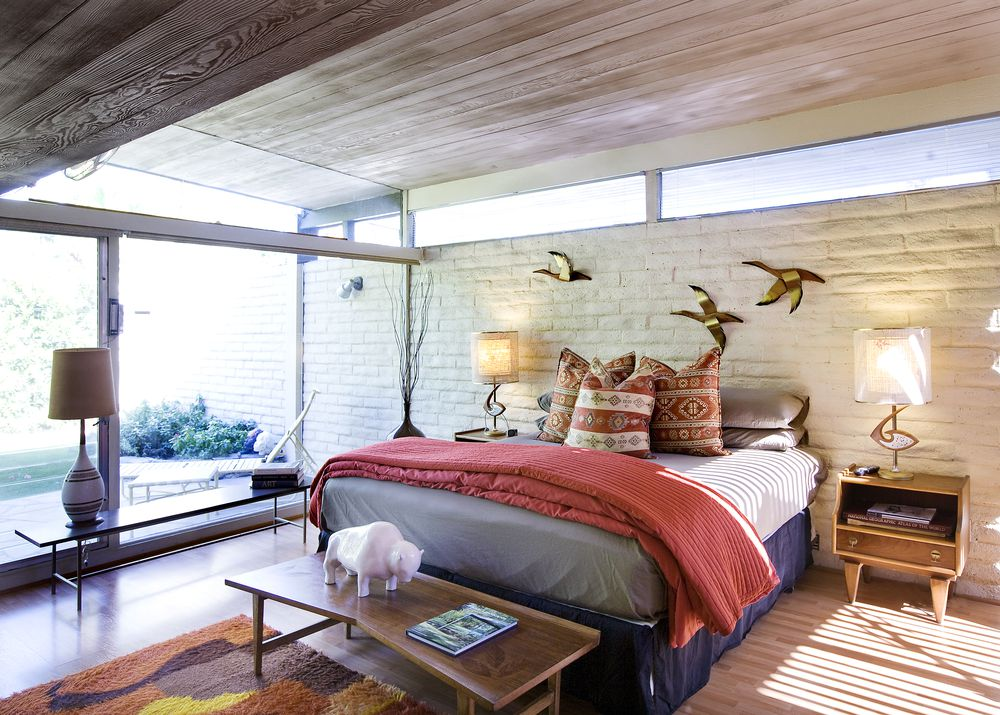 Palms Springs mid-century - Koerner House - E Stewart Williams - bedroom