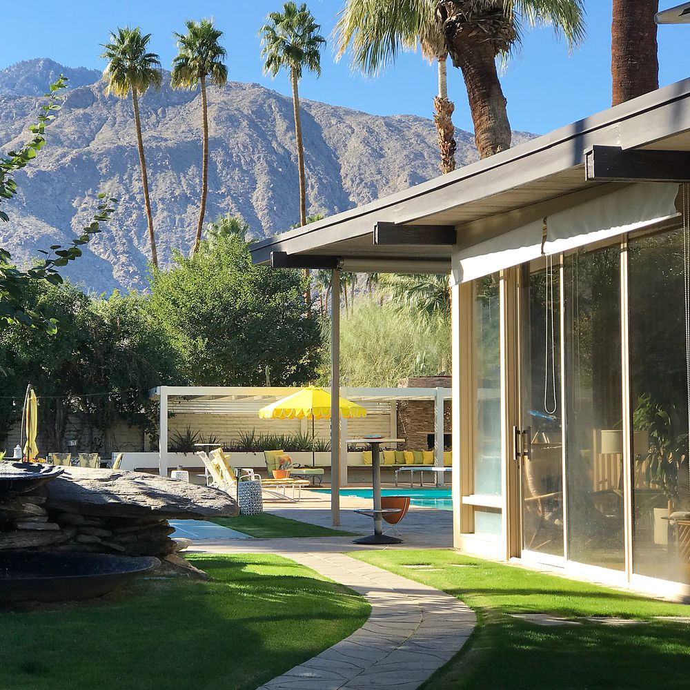 Palms Springs mid-century - Koerner House - E Stewart Williams - exterior