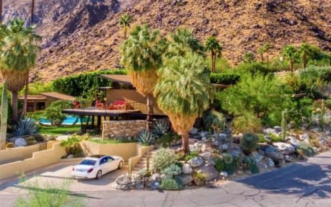Alexander House - Palms Springs - mid-century house - exterior view
