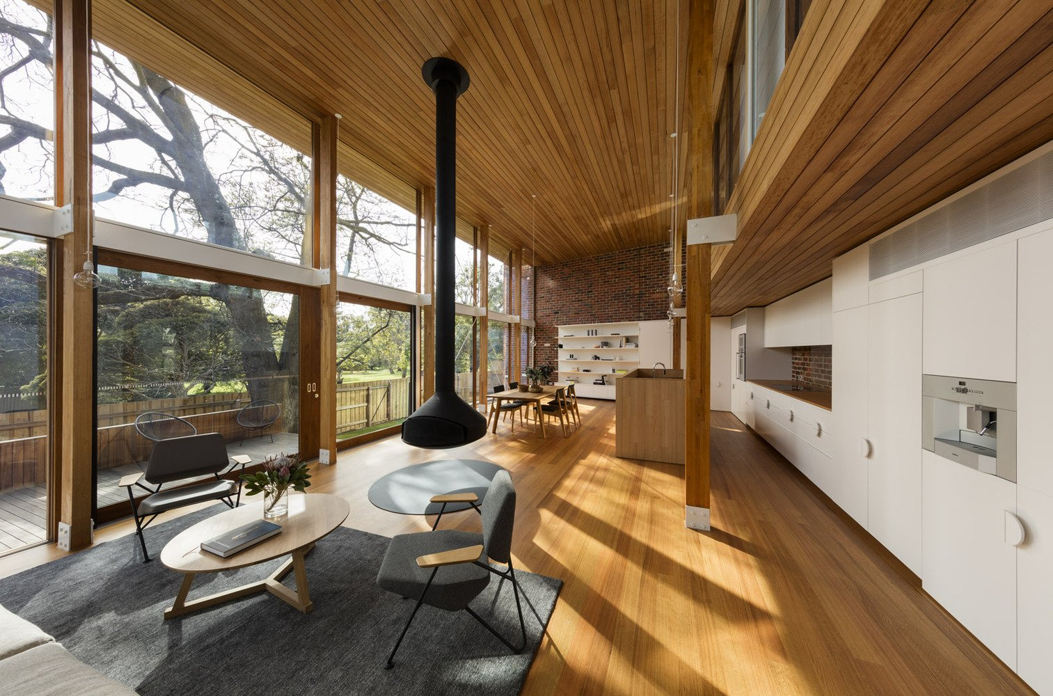mid-century renovation in Victoria - Camberwell House - AM Architecture - living room
