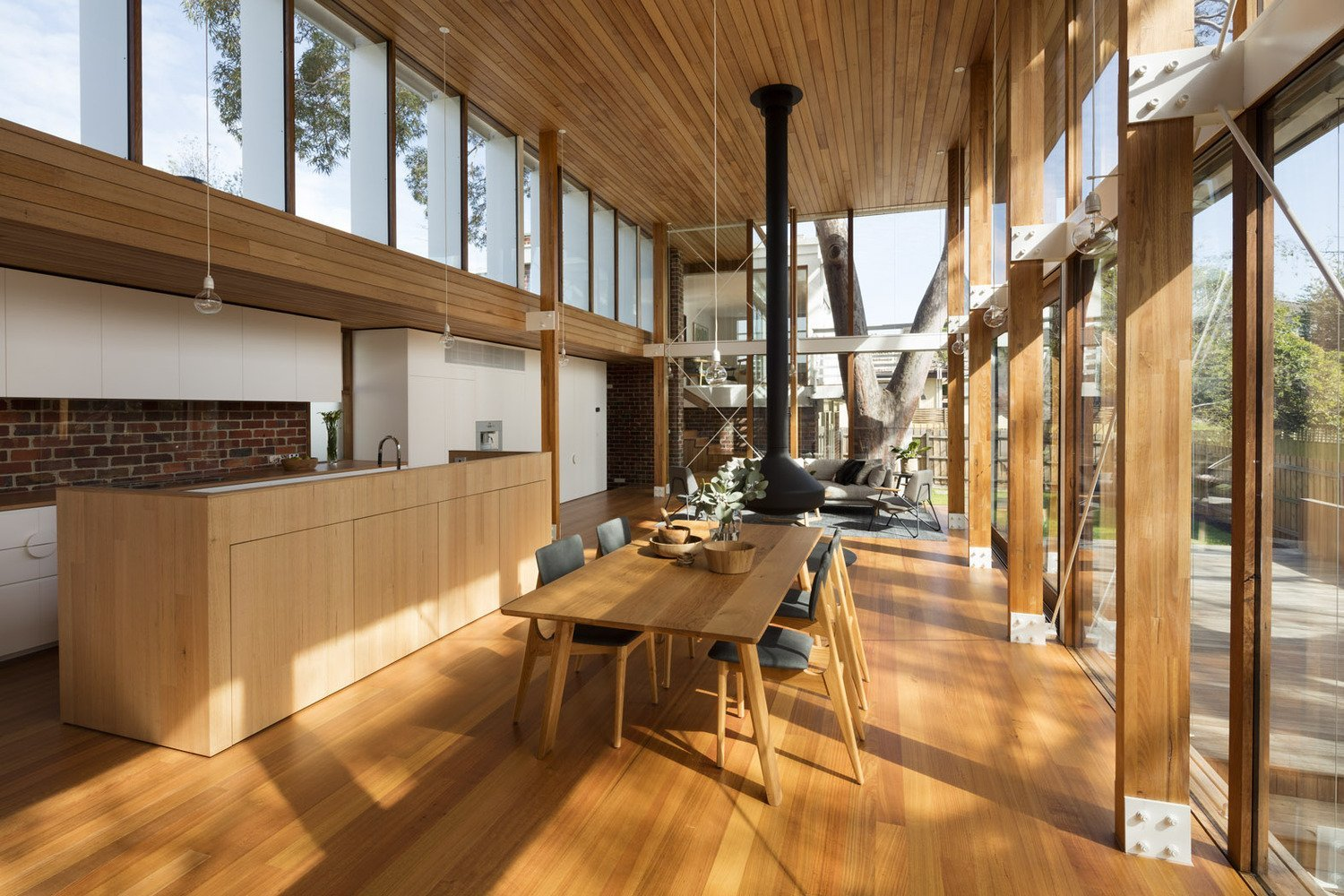 mid-century renovation in Victoria - Camberwell House - AM Architecture - dining area