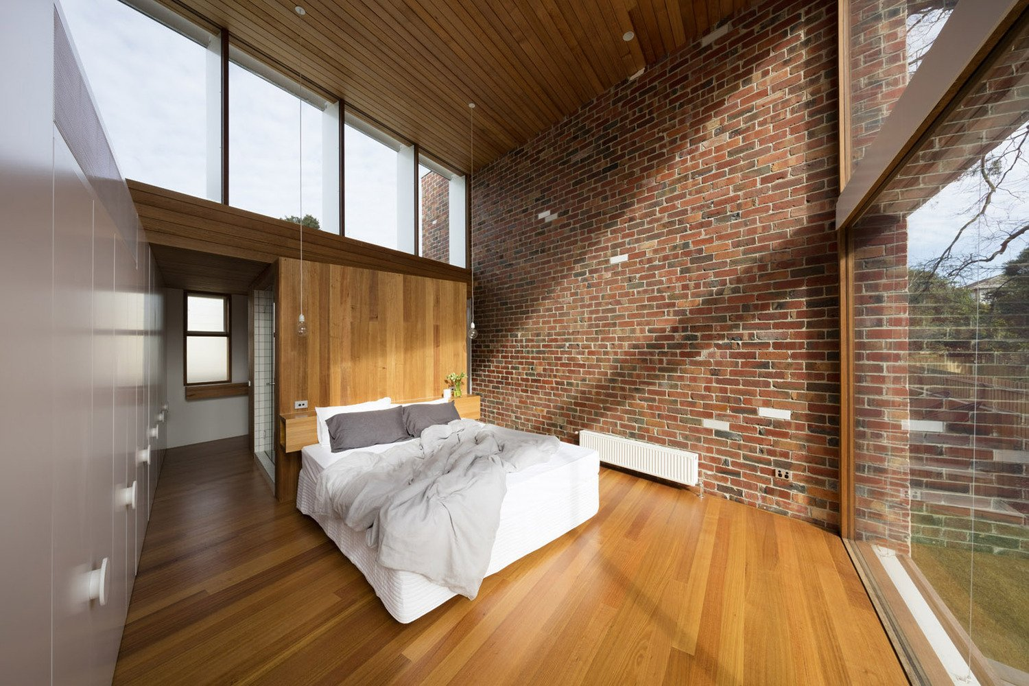 mid-century renovation in Victoria - Camberwell House - AM Architecture - bedroom
