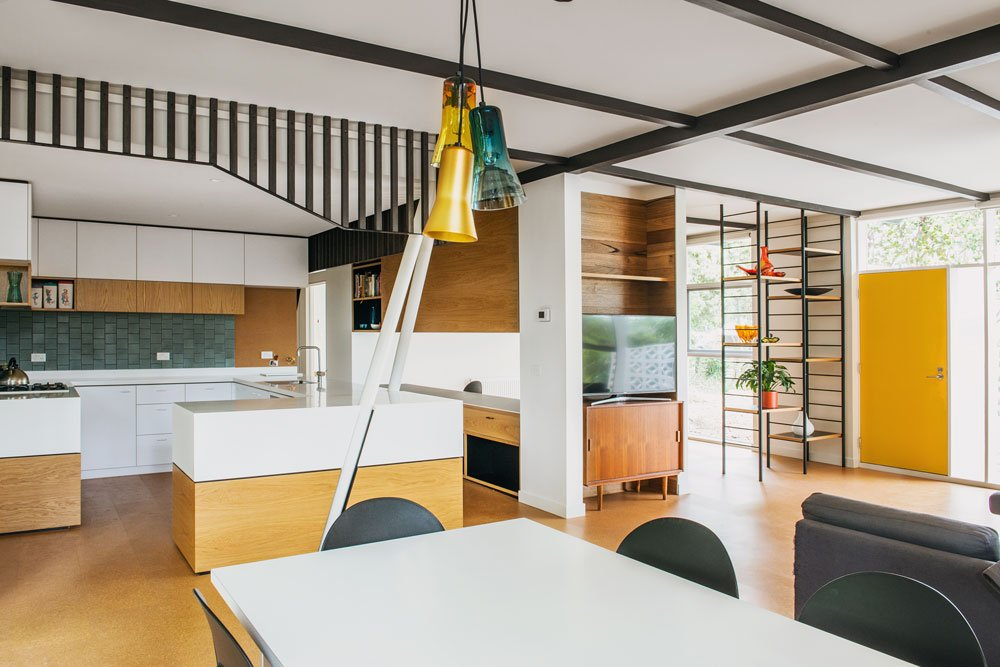mid-century house in melbourne - Rosanna Nest architects - dining area