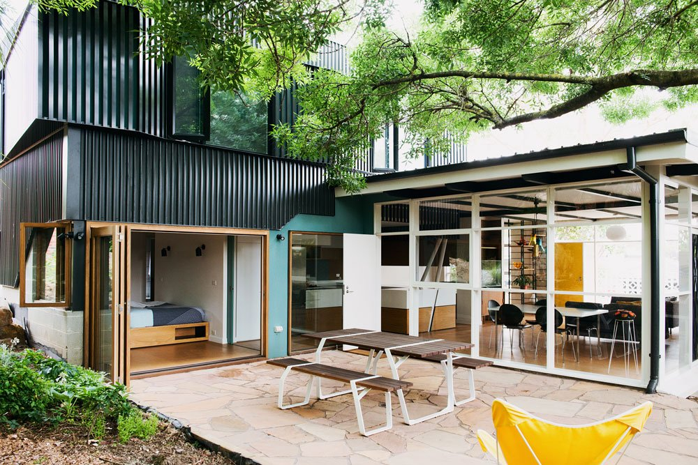 mid-century house in melbourne - Rosanna Nest architects - exterior back