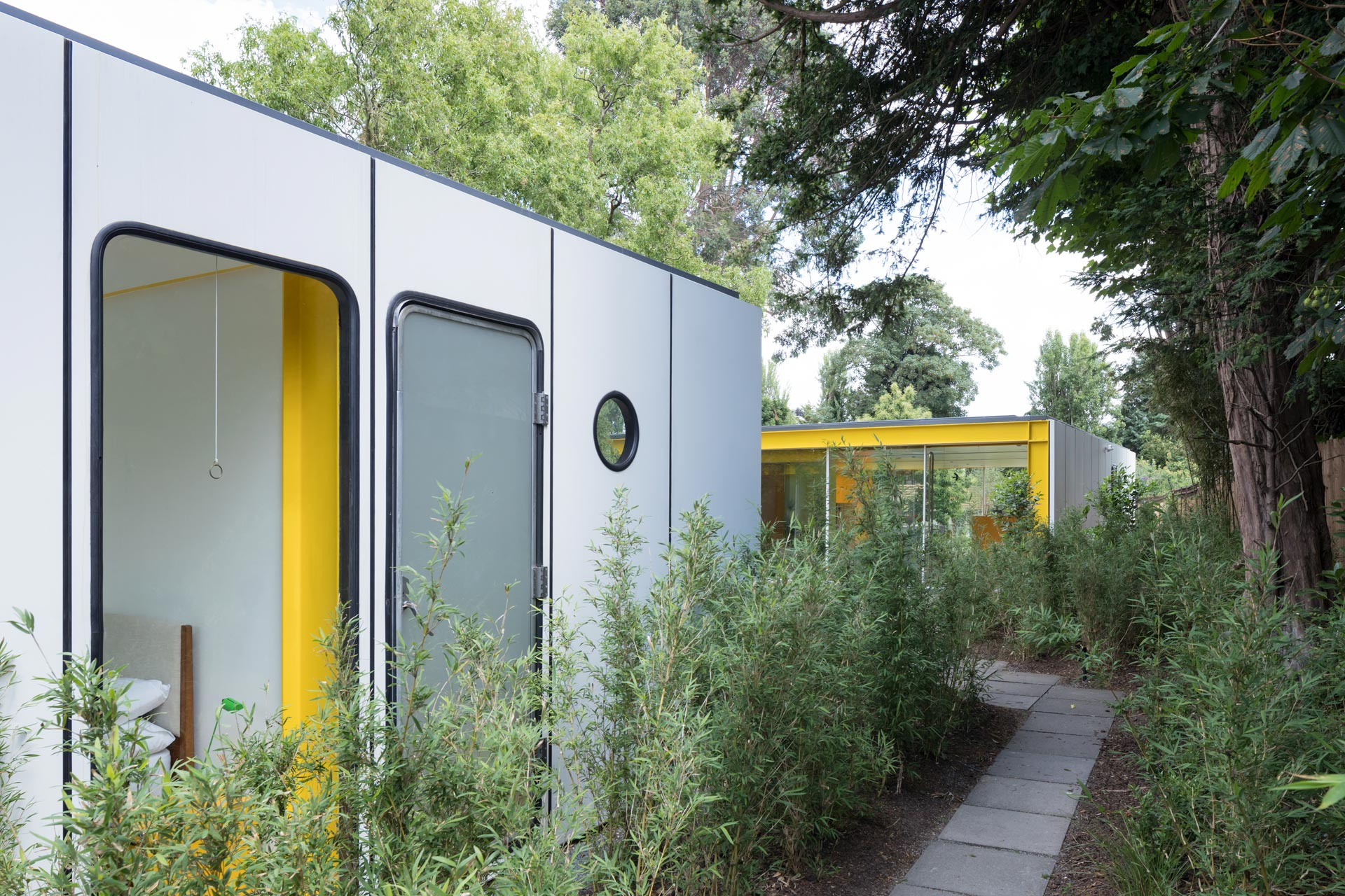 Richard Rogers - Parkside - renovation - outside