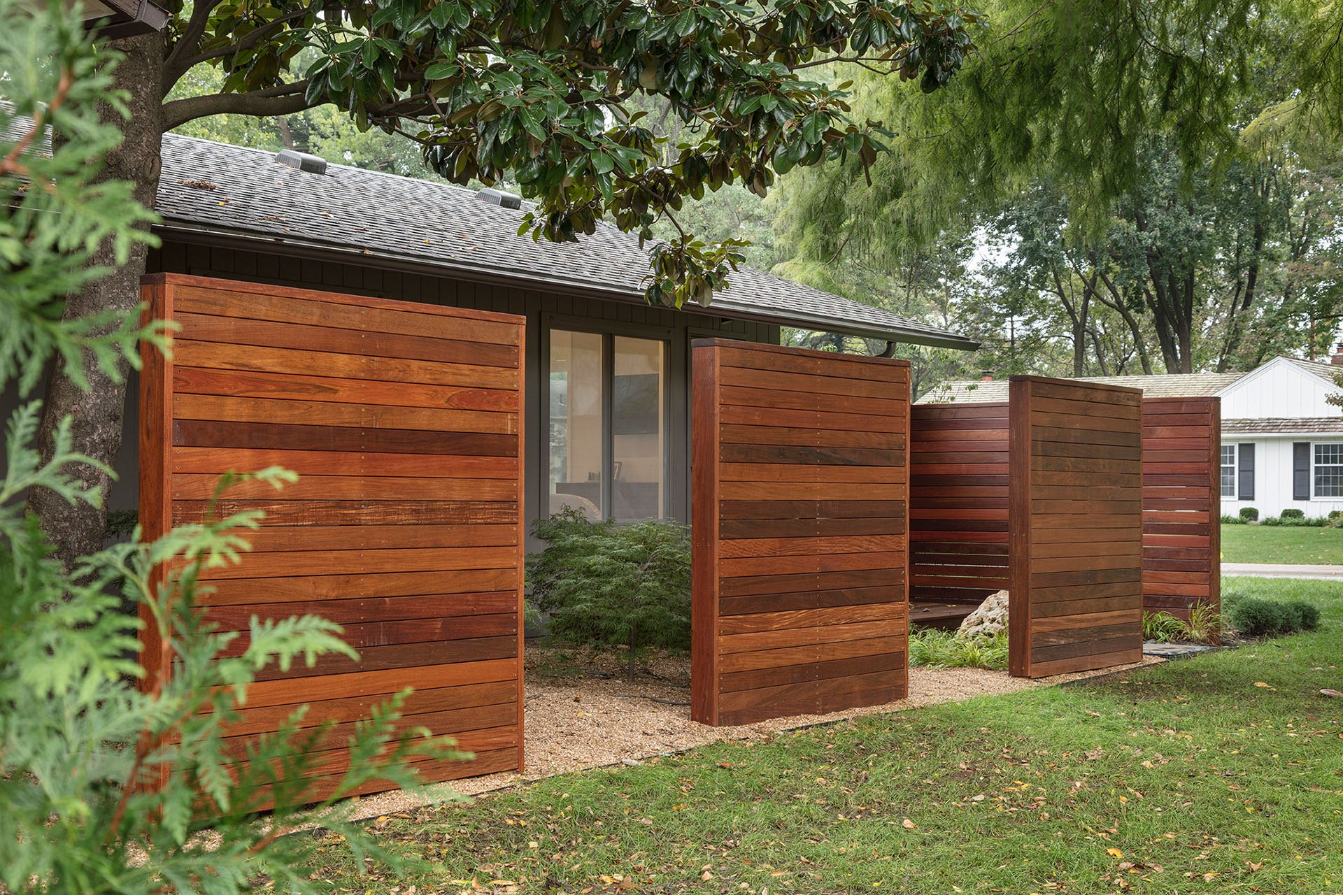 Forward ARchitecture - Wurster Residence - exterior fence