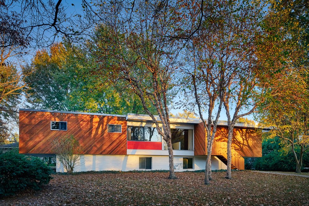 Marcel Breuer's Snower House - Hufft renovation - exterior view