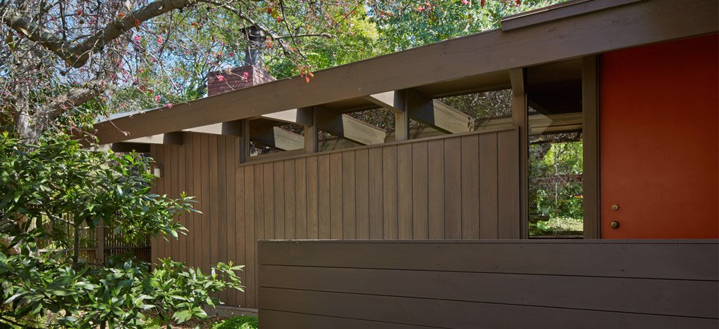 mid-century house in oxford - koch architects - exterior entrance