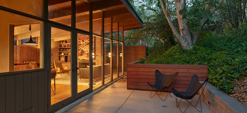 mid-century house in oxford - koch architects - outside terrace