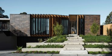 FIGR architects - Courtyard House - cover photo
