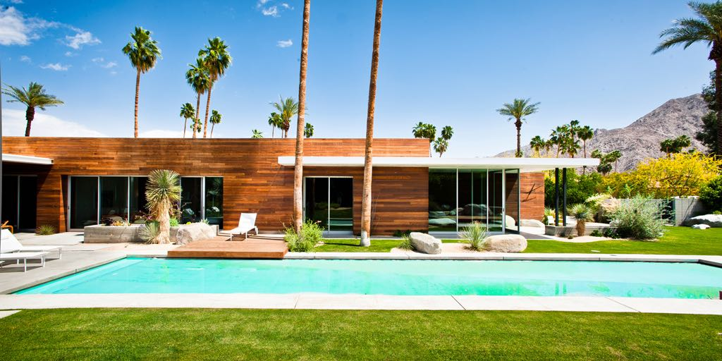 Where Indoors And Outdoors Become Entwined A Modern Home In Coachella Valley
