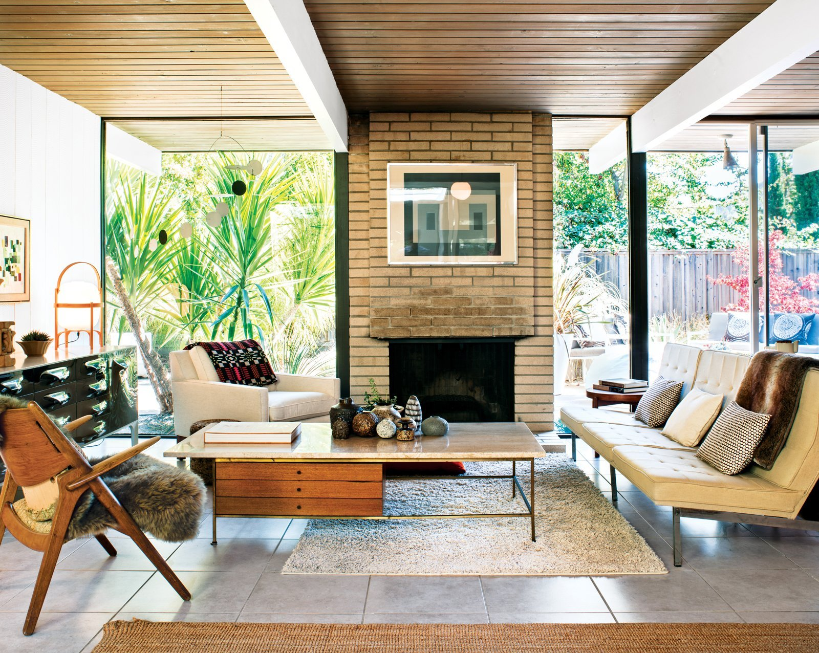 Eichler Home San Rafael - living room