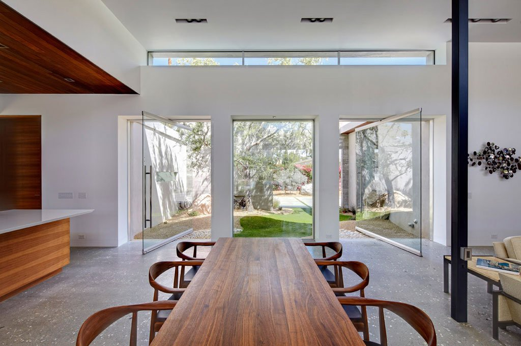 AR&D architects - F5 Residence - dining area
