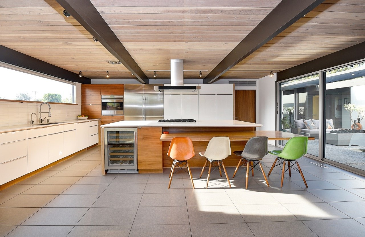 Eichler in Orange County - kitchen