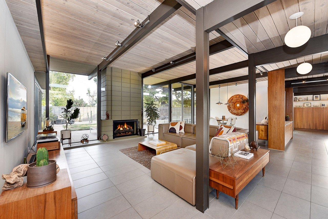 Eichler home in Orange County - living area