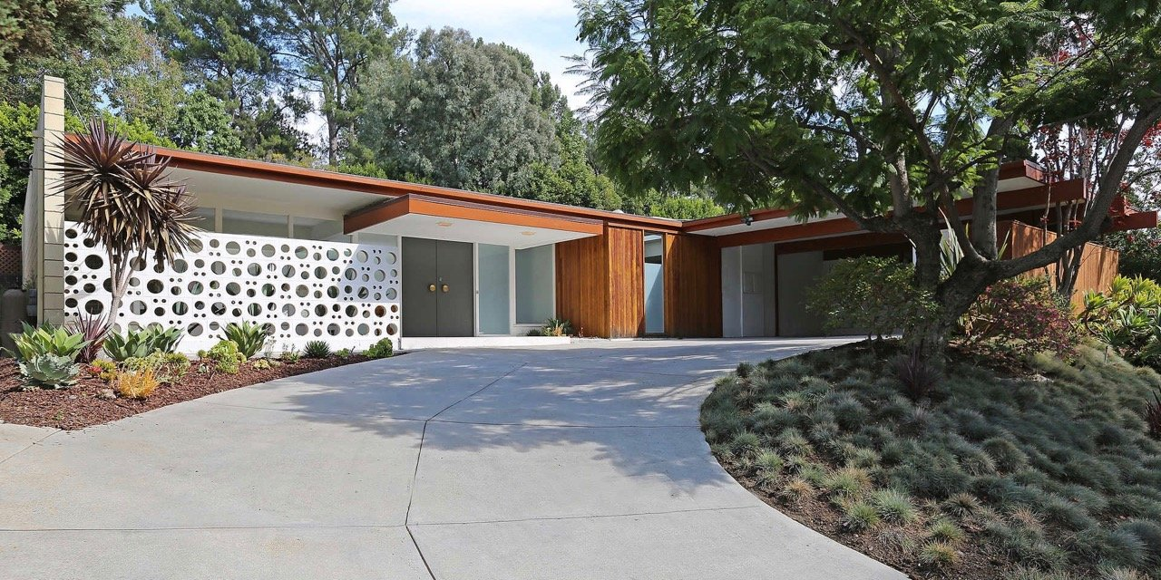 This Gorgeous 1959 Midcentury House Is The Perfect Family