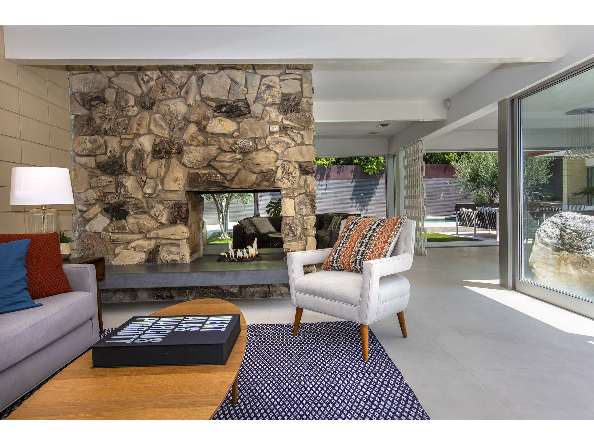 1959 midcentury home in Los Angeles - fire-pit living room