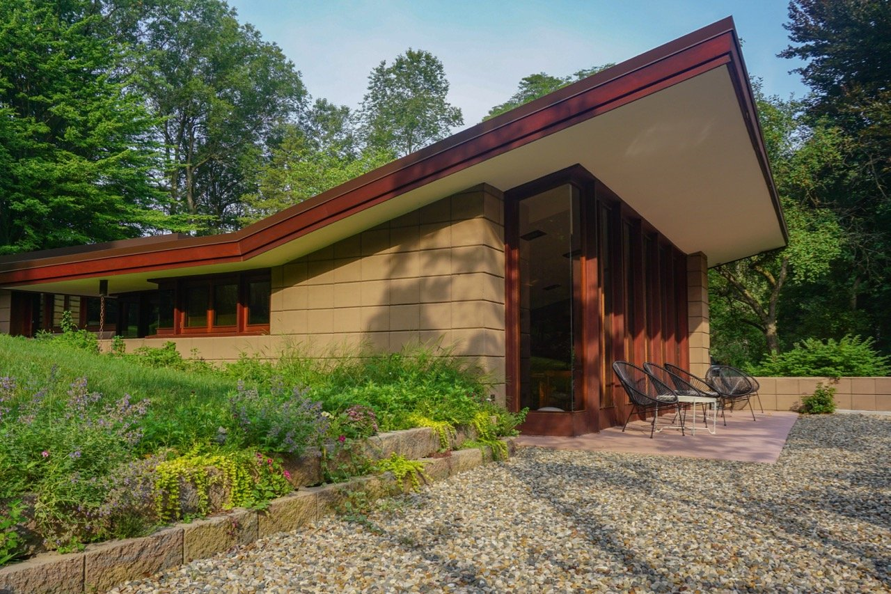 Frank Lloyd Wright's Eppstein House Gets a Full Restoration