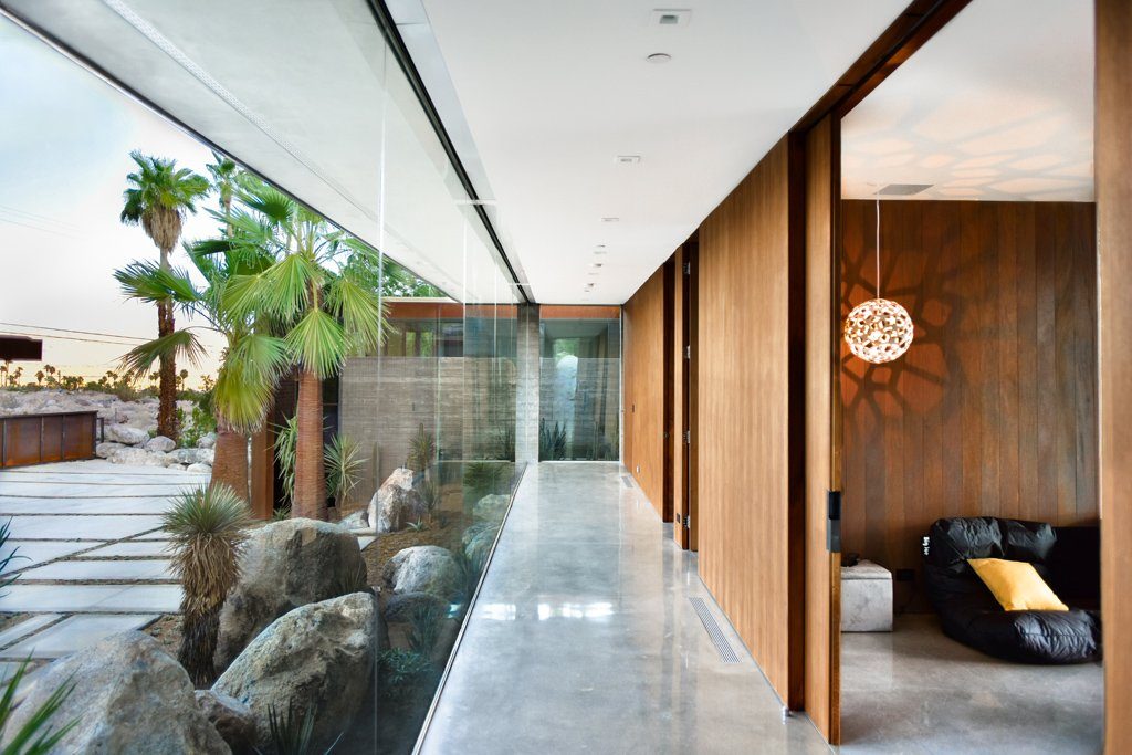 Modernist house AR&D Architects - Schnabel house_corridor
