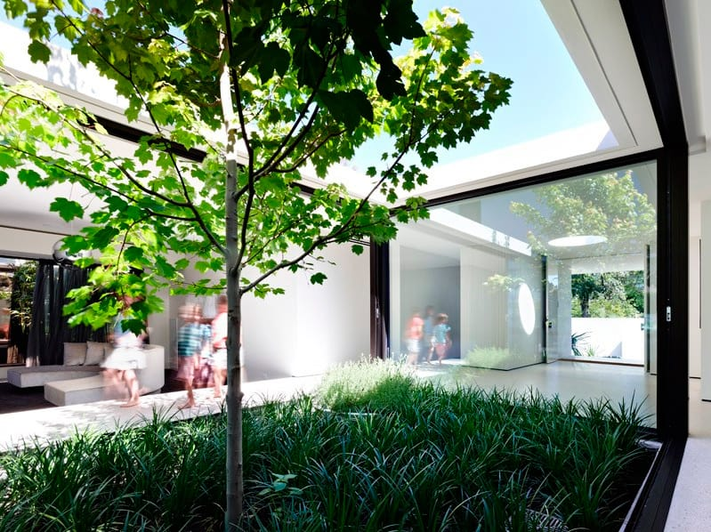 McKimm Architects - Yuille house_patio