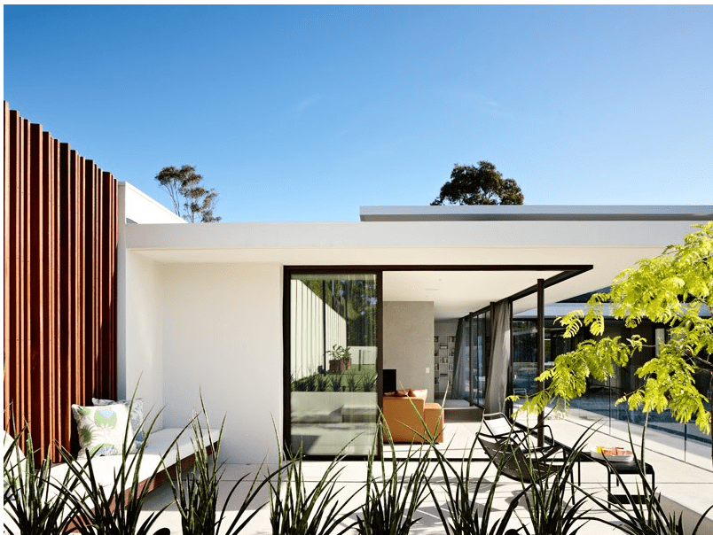 McKimm Architects - Yuille house_view from the garden