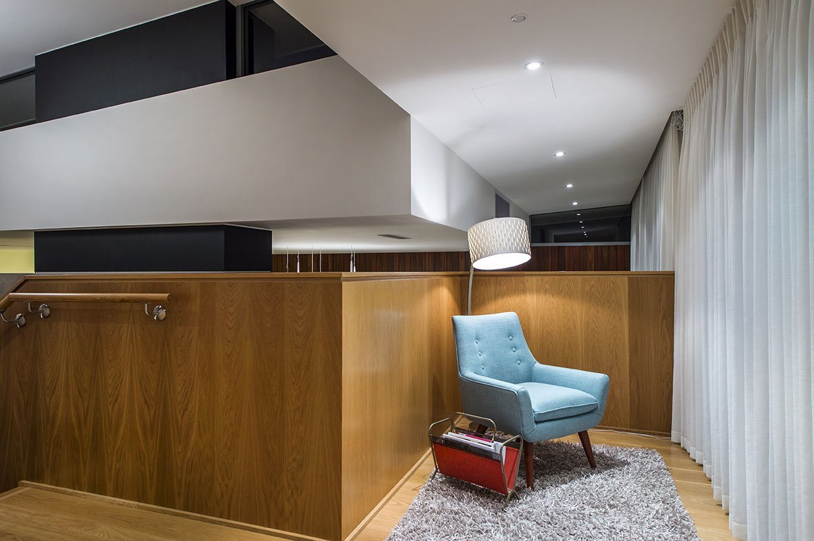 Modern home - moreing rd - mountford architects - relax area